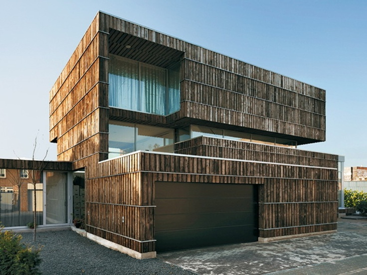 Wohnhaus Enschede Aussenansicht great use of recycled material particularly intrigued by the timber cladding