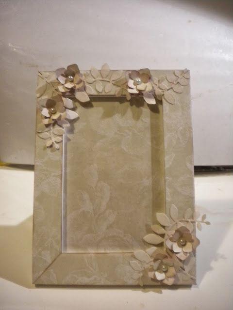 Altered Frames - Cornice decorata shabby chic - Lucy...scrap e non solo!