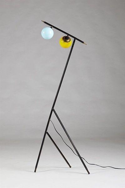 Floor lamp, anonymous. Stilnovo, Italy. 1950's.  Lacquered steel, brass and glass.