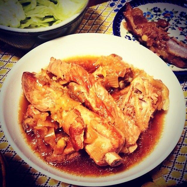 mori.1005* スペアリブ煮た! お肉ほろほろとろとろで美味しかったぁ( ^ω^ ) 残り半分は漬け込んで焼きにしよう♪  #おうちごはん#夕ご飯#コストコ#肉#がっつり#スペアリブ#煮込み#ビール飲みたい#深夜の飯テロ