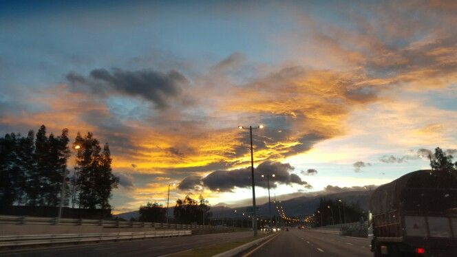 Julo 24 -2015 / hacia el aeropuerto de Quito