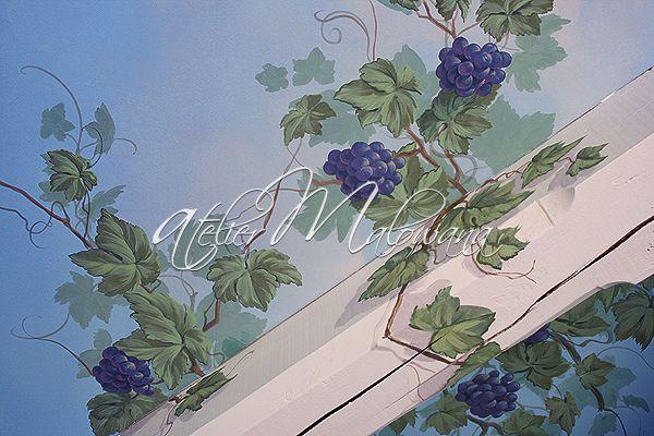 Malarstwo ścienne, iluzjonistyczne - winorośl, fragment dekoracji sufitu w Atelier Malowana. © 2014 Atelier Malowana. All rights reserved. http://ateliermalowana.pl/