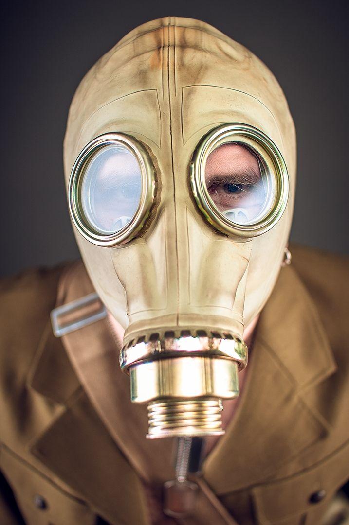 Man with gas mask elphant.  Bartłomiej Kopczyński Black Studio portrait Photography www.blackstudio.eu