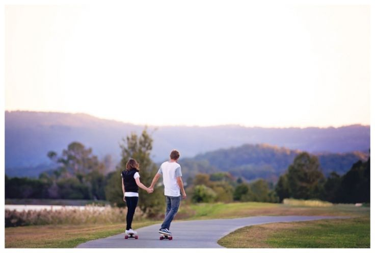 Couples & Engagements | Eliza Davis Photography | www.elizadavis.com.au | Skateboard, Mountains, Sunset