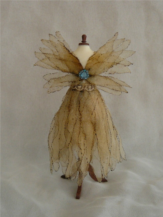 Fairy Dress - I like this gold and light blue color!