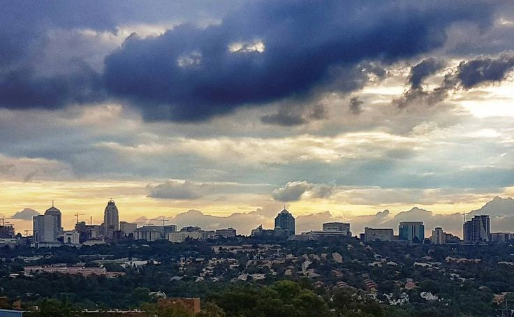 Sandton Skyline richest square mile in Africa.  #sandton#sandtonskyline#skyline#sky#sunset#richest#africa#richestsquaremileinafrica#richestsquaremile#southafrica#clouds#beauty#beautiful#buildings#a4z