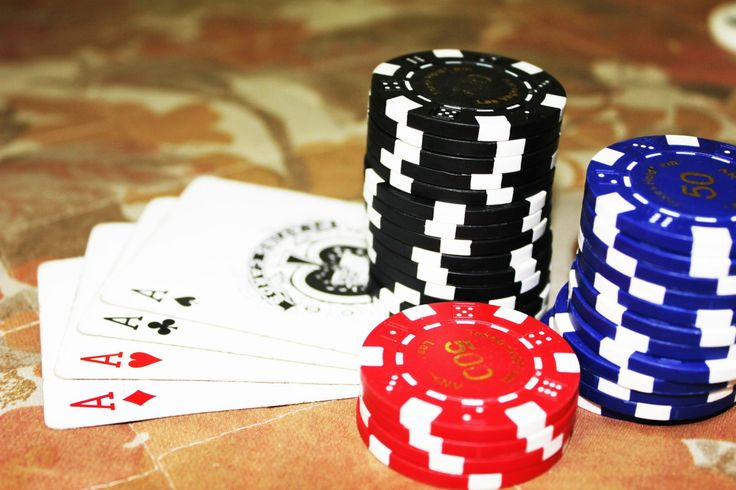 Top advantages of playing Online Poker