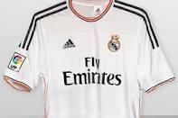 Como me gusta la nueva camiseta del Madrid!! Espero que con esta ya llegue la soñada décima!!