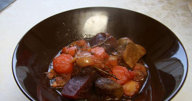 Siskot kokkaa: Punajuuri-possupata