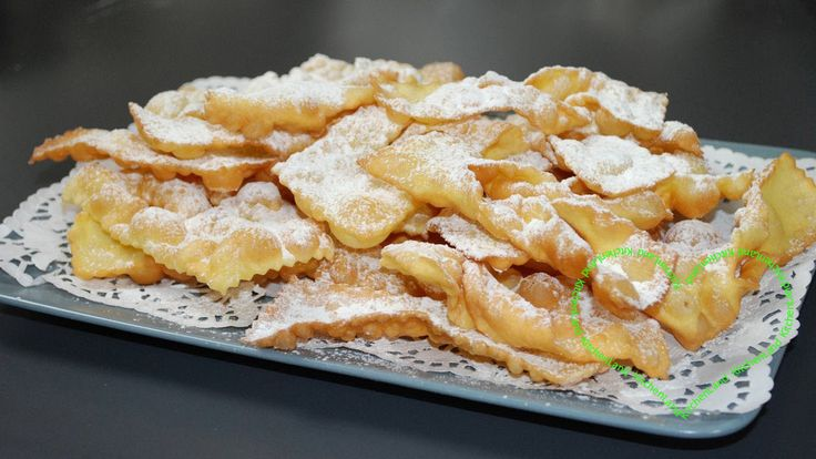 #frappe  di  #carnevale   #gialloblogs   #giallozafferano   #ricette   #ricettefacili   #ricettadelgiorno   #cucina   #cucinaitaliana   #food   #foodblogger   #foodphotography   #italianfood   #cooking   #meal   #dolci   #cake   #sweet