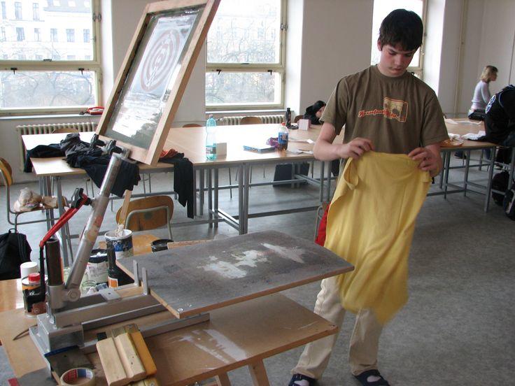 #DIY screen print one t-shirt press by #kredenc.org