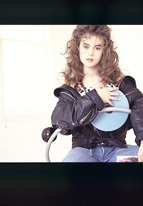 Alyssa Milano age 15    alyssa.com
