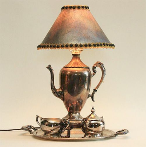 Upcycling – Turn any Object into a Lamp with a Simple Lamp Kit