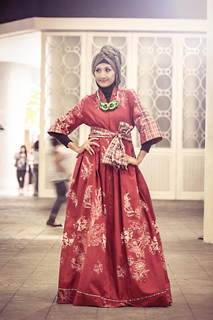 ... fashion on Pinterest | Peplum shirts, Casual styles and Street hijab