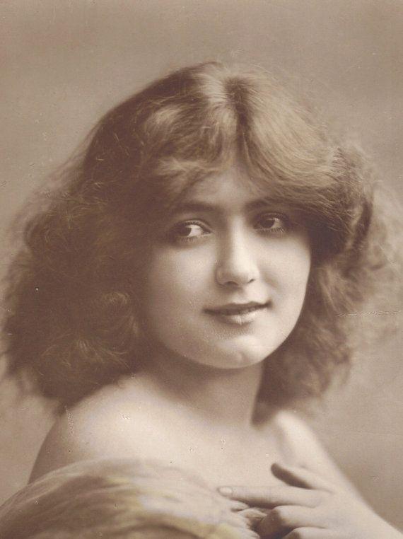 Early 1900s Postcard of Young Woman with a Dimpled Chin