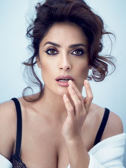 Salma Hayek Allure August 2015 -- Here's How to Get Salma Hayek's Magazine Cover Look: Get a behind-the-scenes look at the hair and makeup for the actress's '60s-glam photo shoot.