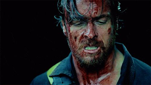 Captain Flint--Toby Stephens is gorgeous even covered in blood