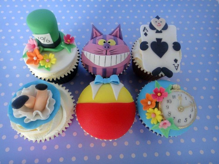 mad hatter cupcakes - photo #27