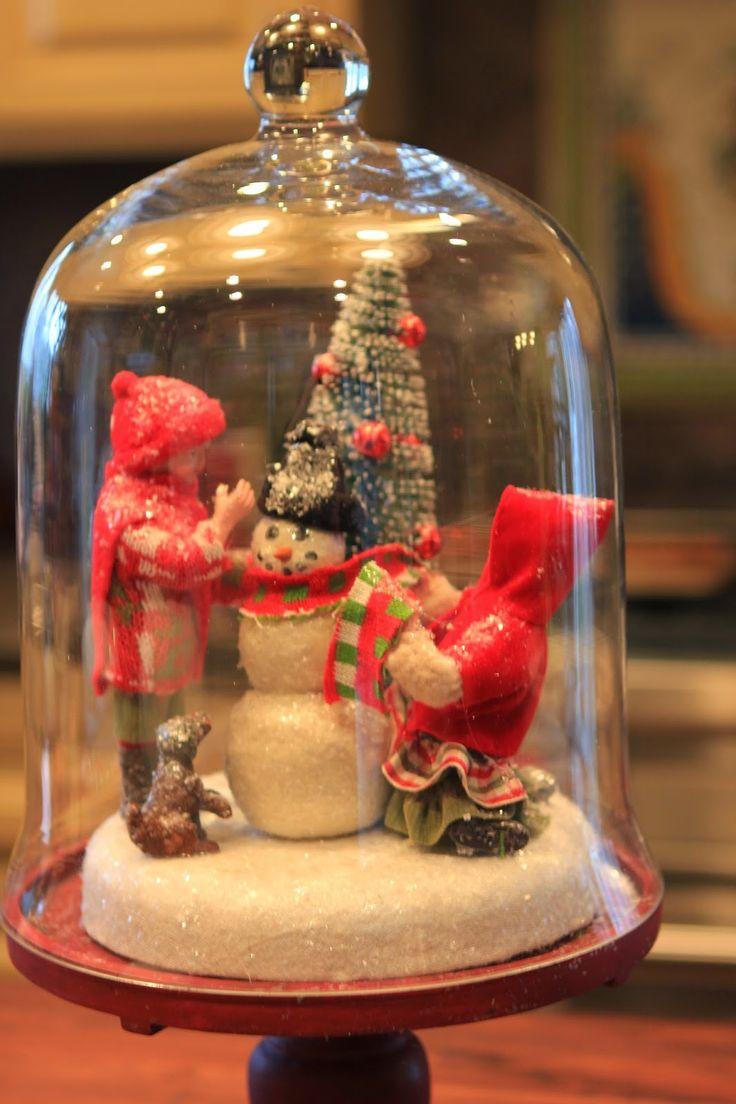 Christmas scene cloche - snowman and tree