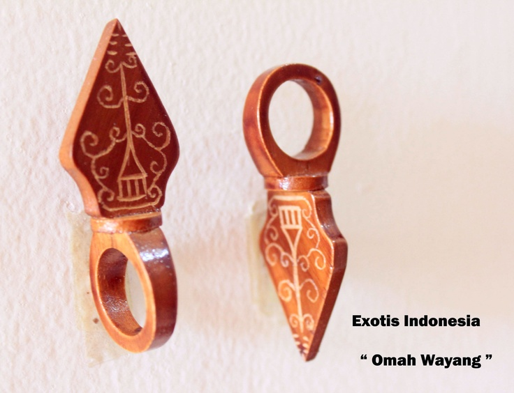 """Omah Wayang"" - Design accessories andrauni valentina nganduh. Inspiration from culture Indonesia"