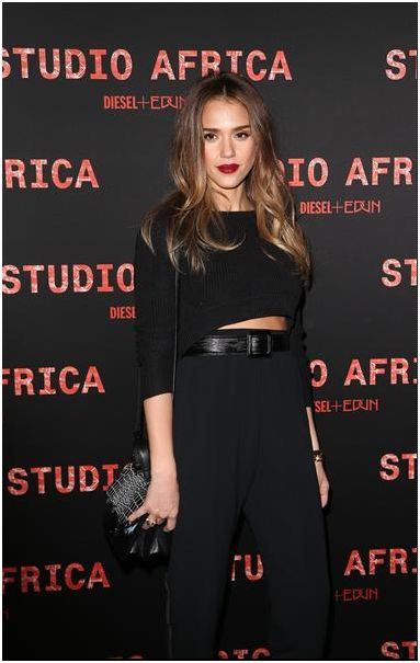 Love the fit, make up, lip, & hair...Killing it Jessica Alba