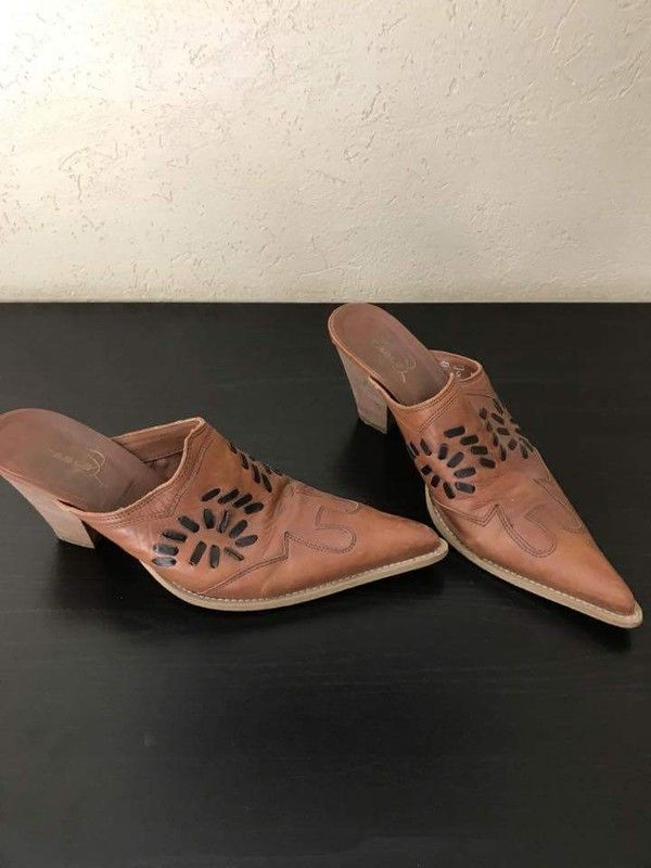 Chaussures mules talons marron P.39