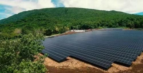 Motori: #Tesla e #SolarCity elettrificano unintera isola | VIDEO (link: http://ift.tt/2fos63F )