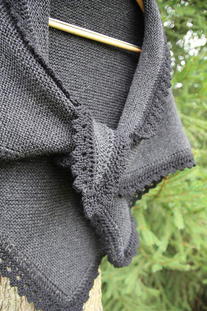 Ravelry: Project Gallery for Truly Tasha's Shawl pattern by Nancy Bush