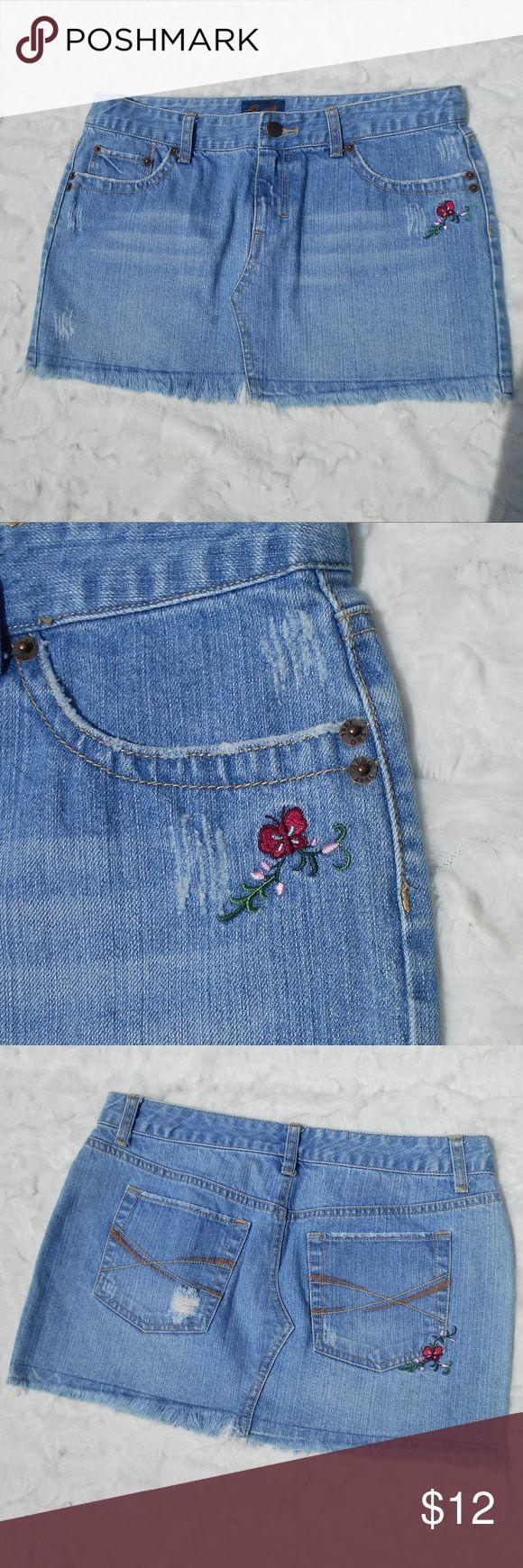 "Aeropostale Denim Embroidered Mini Skirt Aeropostale denim  embroidered mini skirt.  100% cotton, 12"" top to bottom.  Lightly distressed, size 5/6. Great condtion. Aeropostale Skirts Mini"