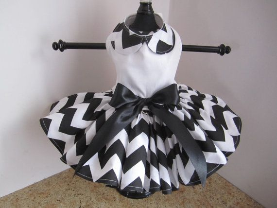 Dog Dress XS White and Black Chewron By by NinasCoutureCloset