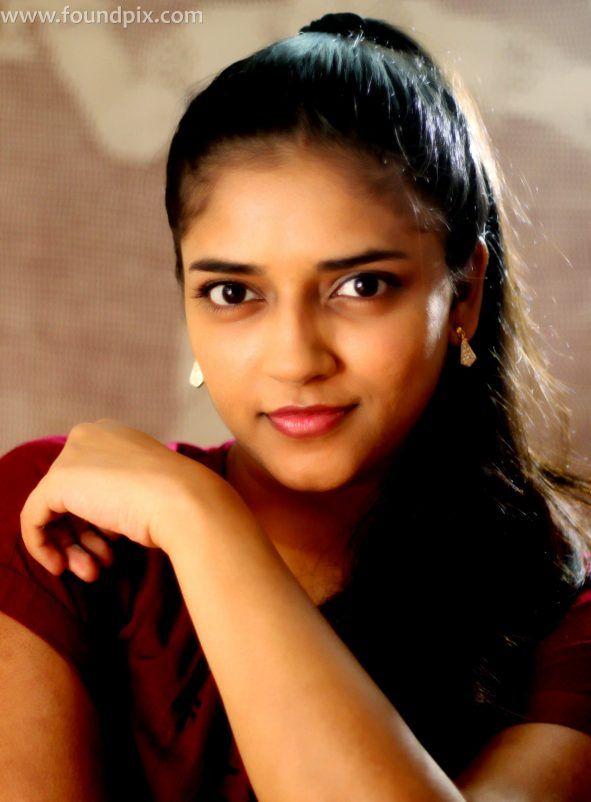 Actress Vasundra Kashyap latest stills