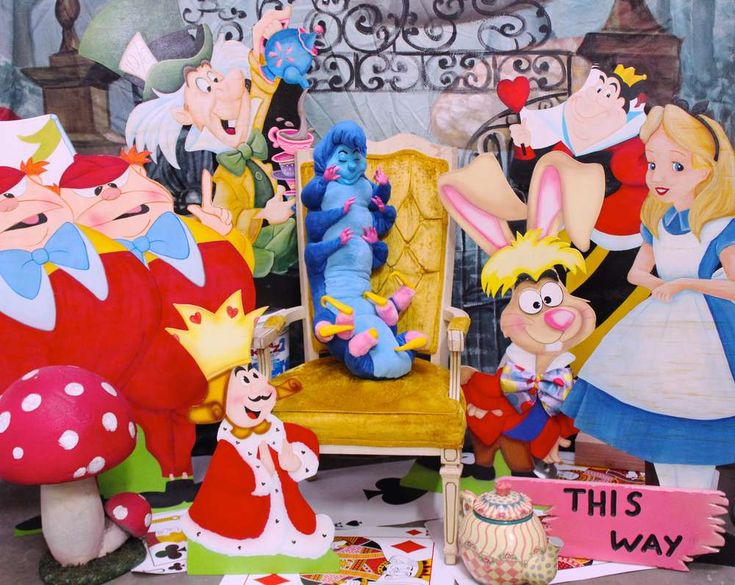 767 best alice in wonderland party ideas images on for Alice in wonderland party decoration ideas