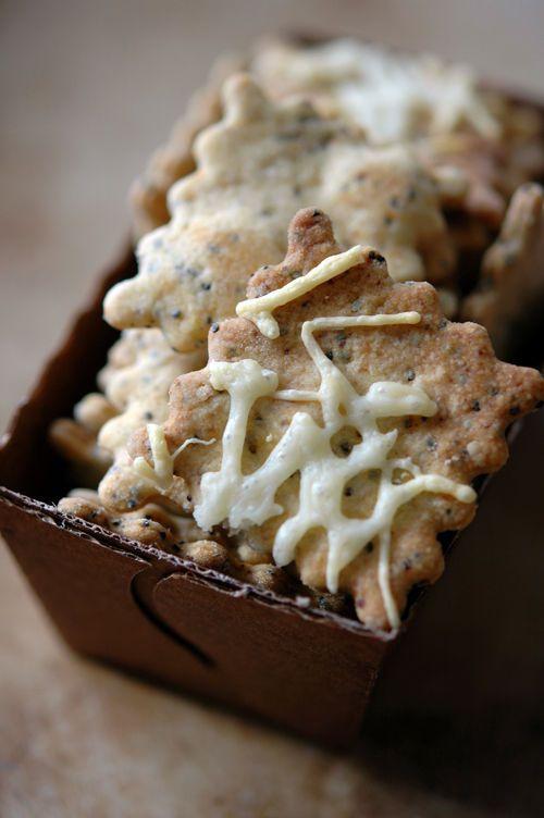Biscuits croquants au Comté et au paprika