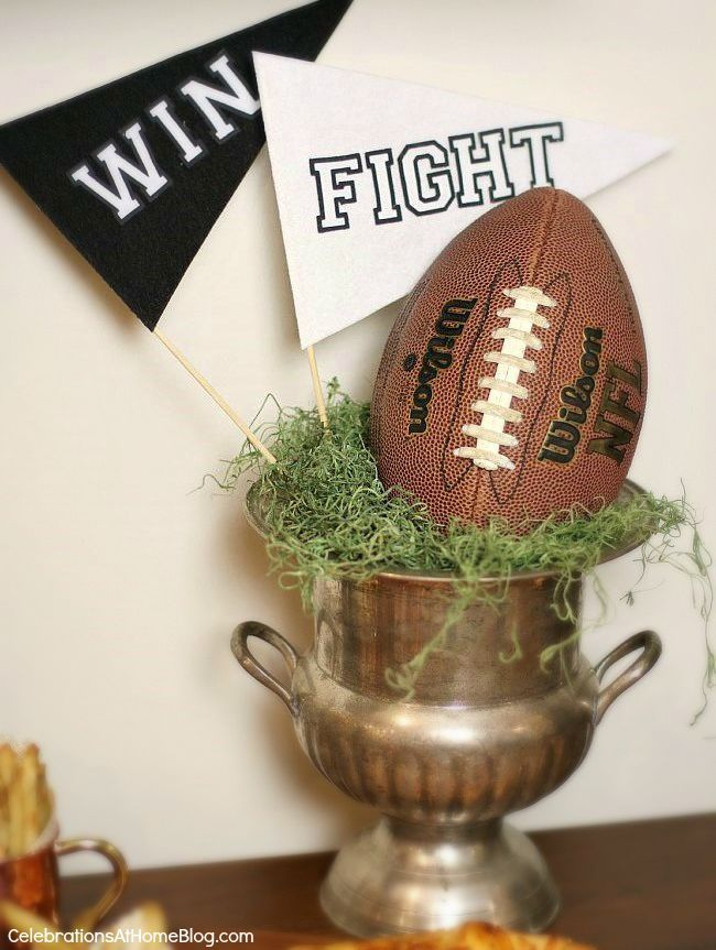 Stress Free Football Party ideas. Great entertaining for game day, tailgating, or any sports party.