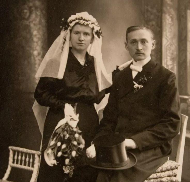 A origem do vestido branco de noiva