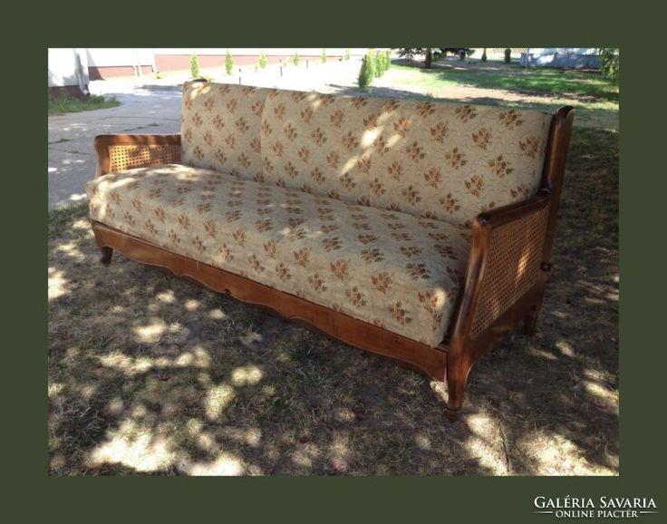 Chippendale nyitható kanapé