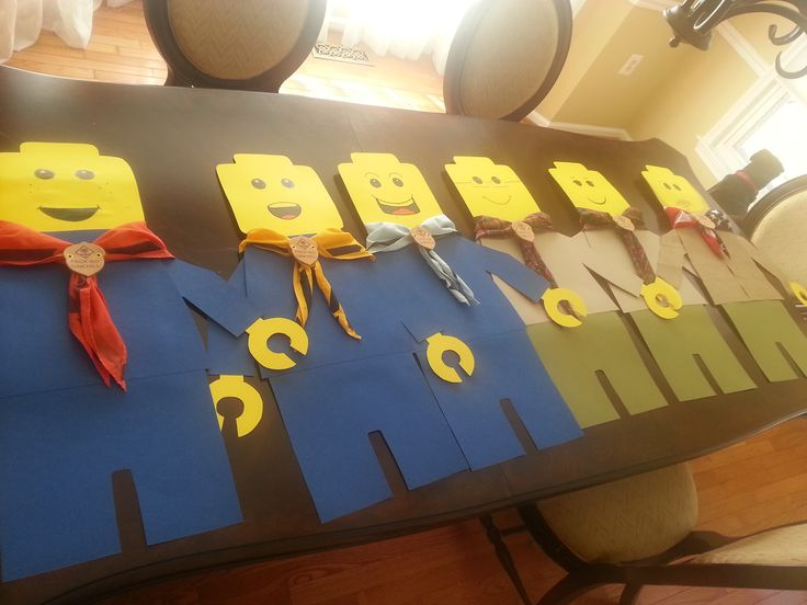 2.5 ft Cub Scout Minifigures to Hang (Tiger, Wolf, Bear, Webelos I, Webelos II, Leader) Recruiting