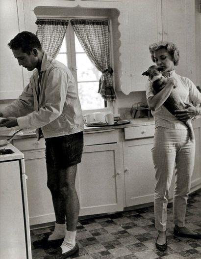 Paul Newman, Joanne Woodward and their dachshund