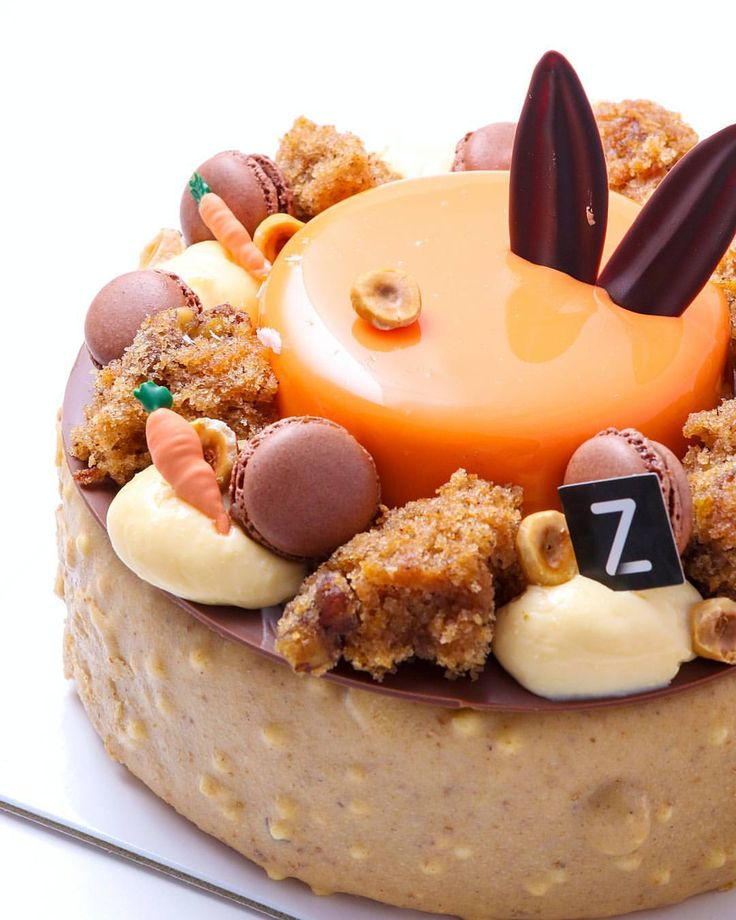 """1,305 gilla-markeringar, 21 kommentarer - Adriano Zumbo (@zumbopatisserie) på Instagram: """"Our limited-edition Easter cake """"Down the Rabbit Hole"""" is also available to order in a large size…"""""""