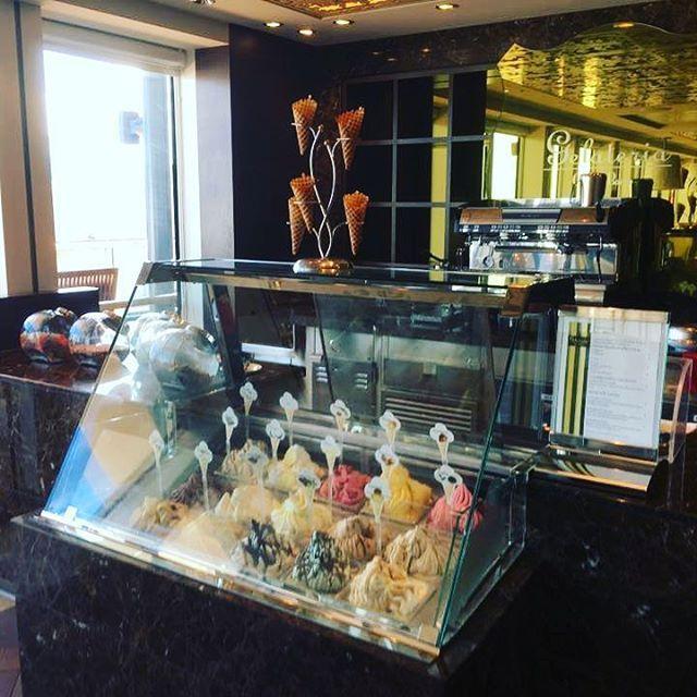 #gelato #icecream #icecreams #celebrityreflection #celebrity #celebritycruises #cruise #cruising #cruisefood #cruiselife Foto di Marta Tenerini http://tipsrazzi.com/ipost/1514624934427669027/?code=BUFB1pggrIj