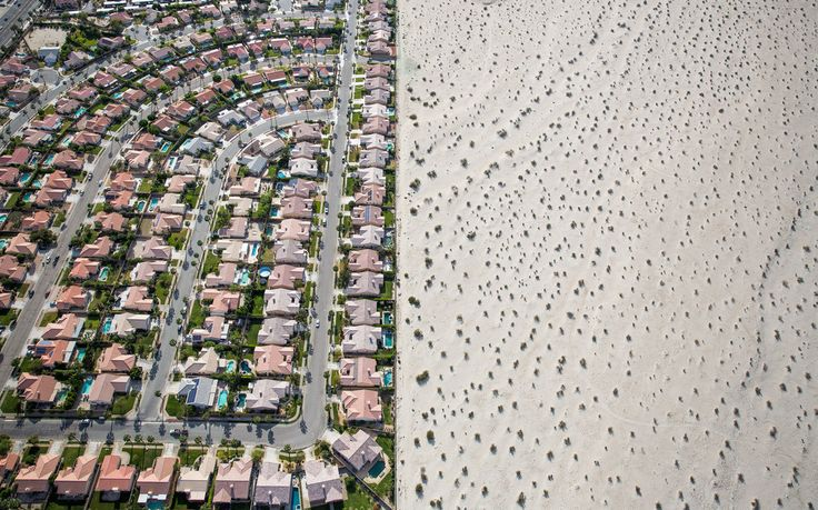 Apr 5, 2015 DAMON WINTER/THE NEW YORK TIMES In California, where lush developments like this one in Cathedral City abut bone-dry desert, a long drought is forcing residents to reconsider the state's identity.