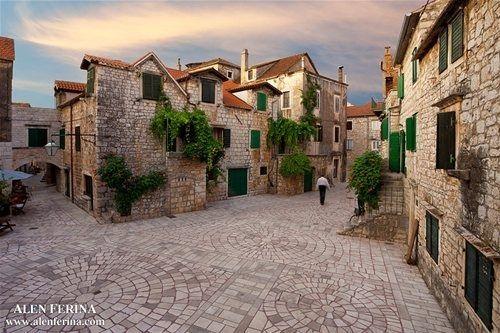 Škor, Stari Grad, Hvar