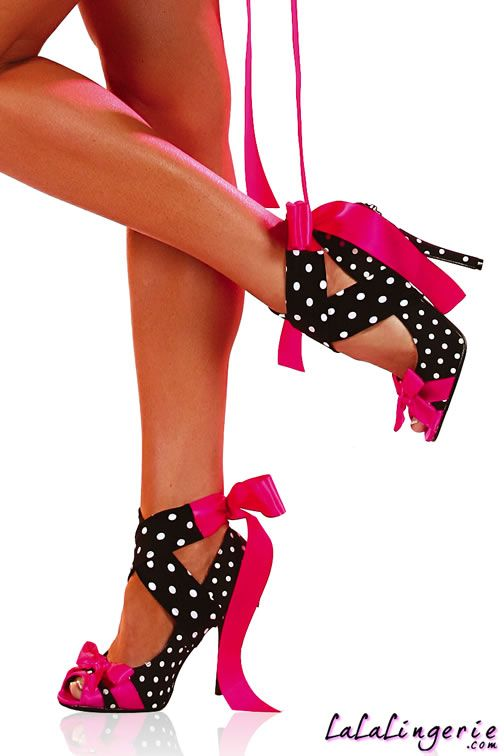 cuteee #heels #shoes: Walks, Black And White, Pink Ribbons, Black White, Pink Bows, Hot Pink, Polka Dots Heels, Little Black Dresses, High Heels