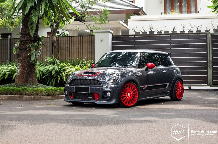 Meet the MINI John Cooper Works GP2. A seriously retuned MINI JCW inside, which has been wrapped with some quirky fun shells on the outside. A limited edition of only 2000 units worldwide, the GP2 has been designed as the missing link between the regular J