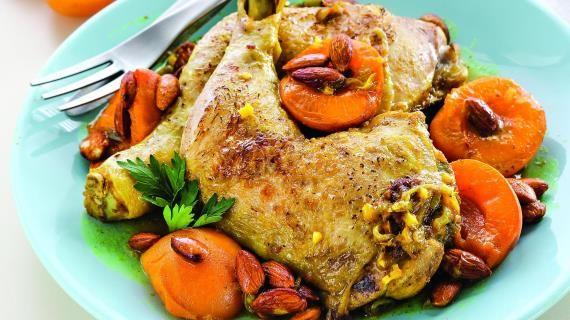 Курица сабрикосами иминдалем
