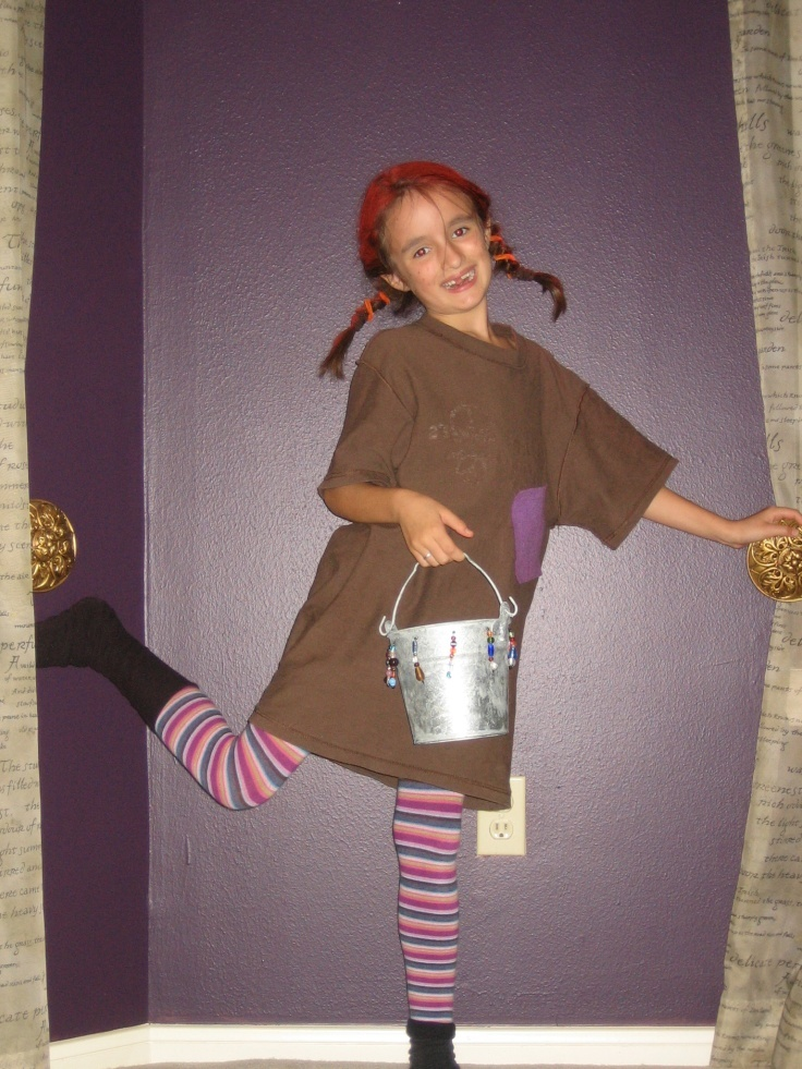 You probably have things in your closet to make this Pippi Longstocking costume - no sewing required!