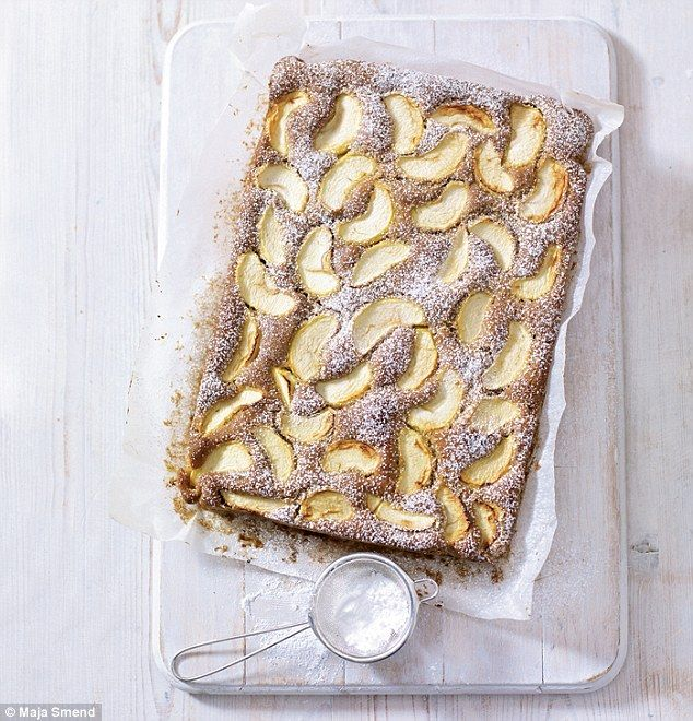 Spiced Dorset apple tray bake - Mary Berry Very delicious and warm and cinnamoney Easy, fast to make and will fill te house with delicious aroma Will be repeating it again