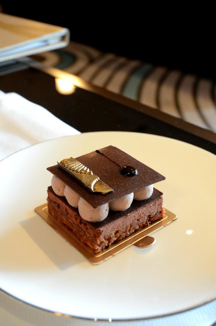 Chocolate & Hazelnut Crunch Cake @ Lobby Lounge Macau Mandarin Oriental