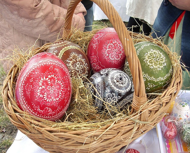 Easter Fair Opole, Poland,  28 march 2010  Ostrich egg.  Artist: Alina Wypchlo, Namyslow, Poland
