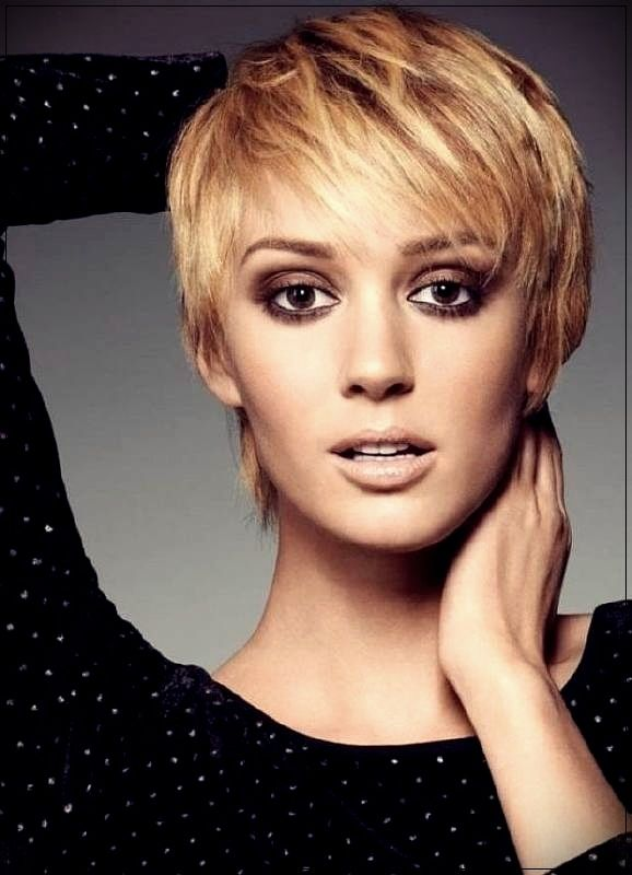 160+ Women Haircuts for Short Hair 2019-2020: For all face shape and age